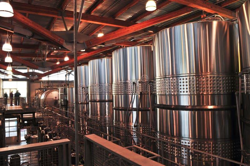 Weinherstellungausrüstung lizenzfreies stockbild