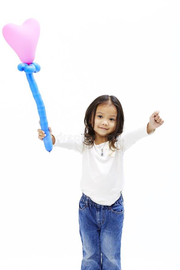 Download Weinig Aziatisch Meisje Met Roze Ballon Stock Foto - Afbeelding bestaande uit wijfje, aziatisch: 107707848
