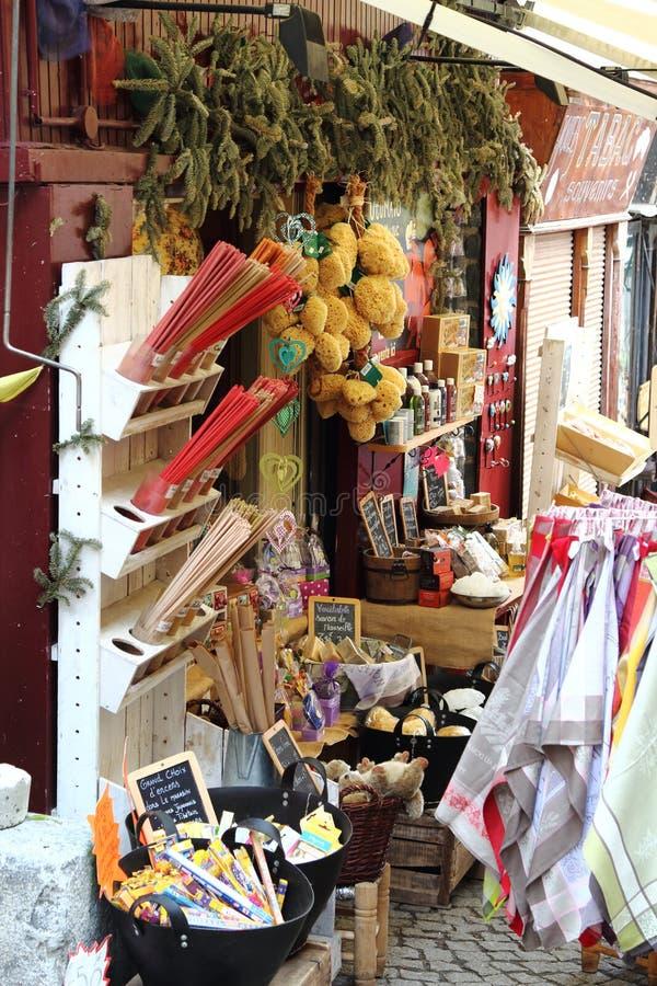 Weinig Bazar in de Franse stad van Briancon royalty-vrije stock afbeelding