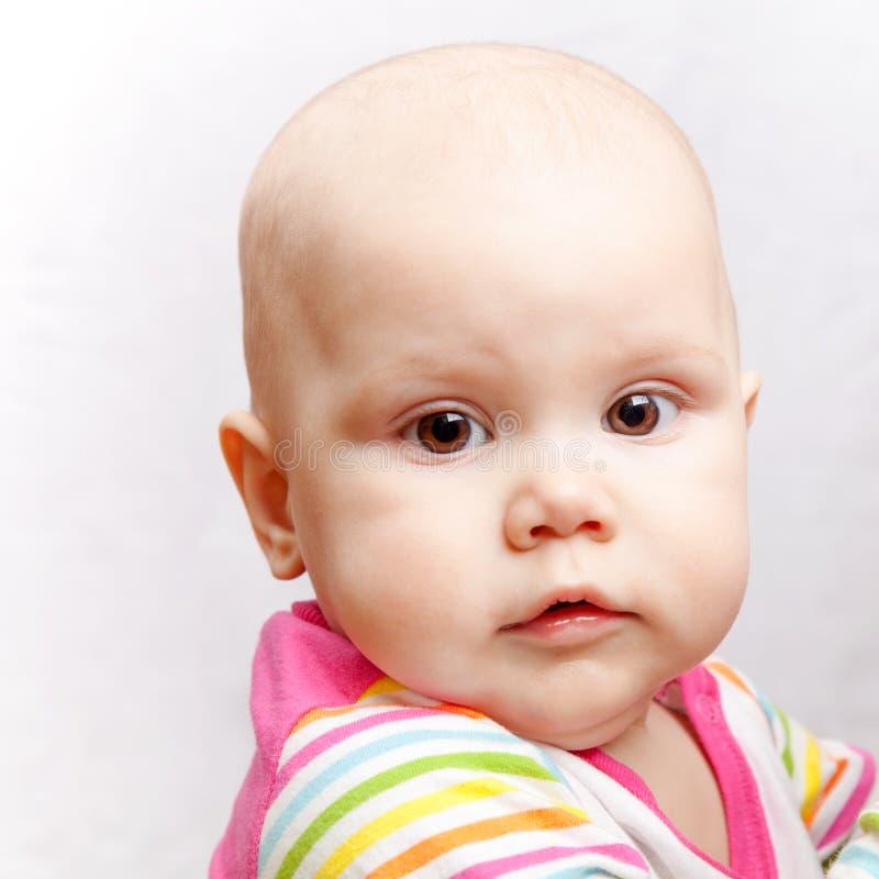 Weinig bruine eyed Kaukasische baby royalty-vrije stock fotografie