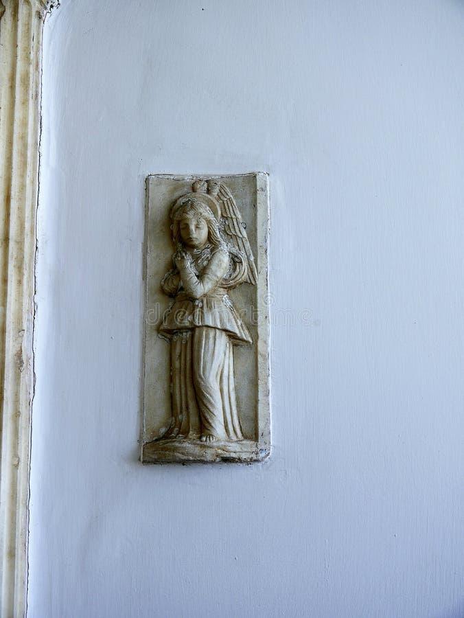 Weinig Engel in een Villa in Anacapri op het Eiland van Capri in de baai van Napels Italië royalty-vrije stock foto's
