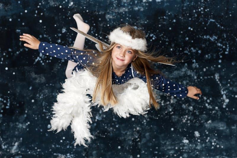 Weinig Engel van Kerstmis royalty-vrije stock foto