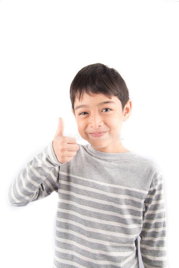 Weinig jongen die hand tot teken maken BETERE ASL-Gebarentaal royalty-vrije stock foto