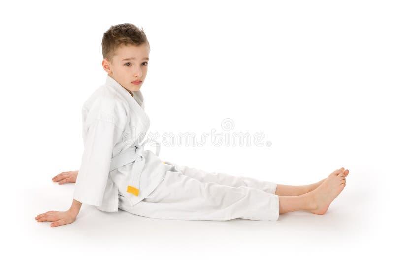 Weinig jongen in een kimono royalty-vrije stock foto's