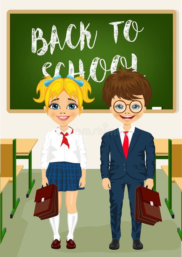 Weinig jongen en meisje die zich voor klaslokaalbord bevinden Terug naar het Concept van de School vector illustratie