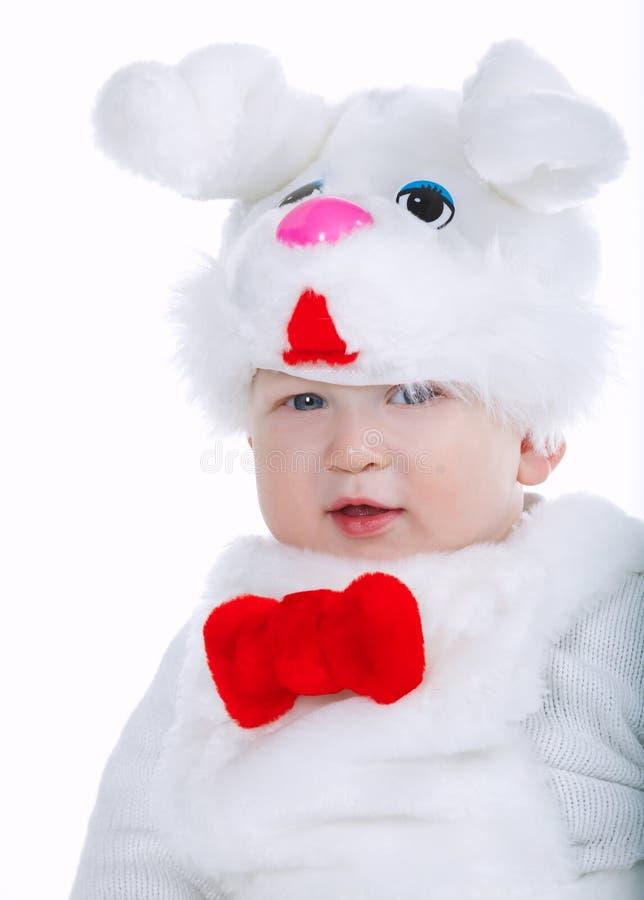 Weinig jongen in konijnkostuum stock afbeeldingen