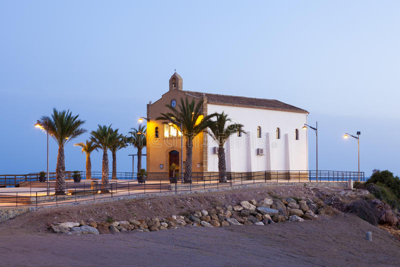 Weinig kerk in Isla Plana, Spanje royalty-vrije stock afbeeldingen