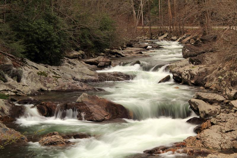 Weinig Rivier in Groot Smokey Mountains National Park stock foto