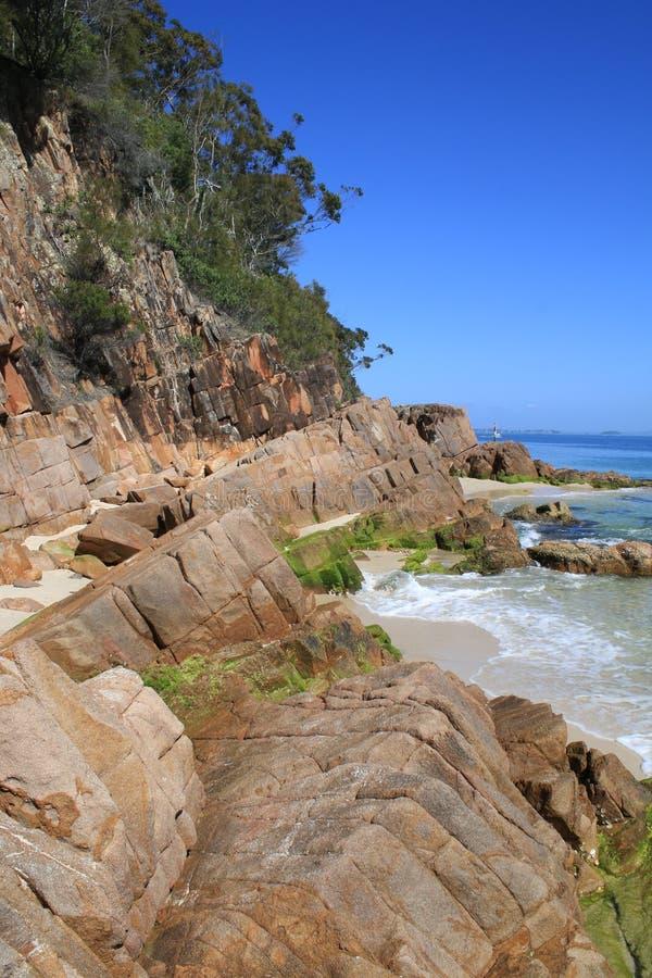 Weinig Strand, Nelson Bay stock foto's