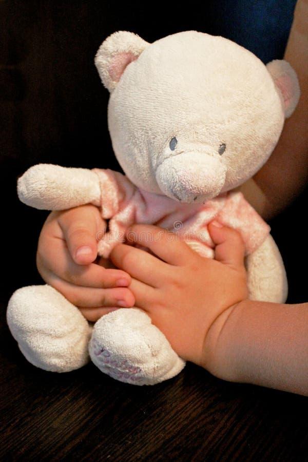 Weinig Teddybeer stock afbeelding