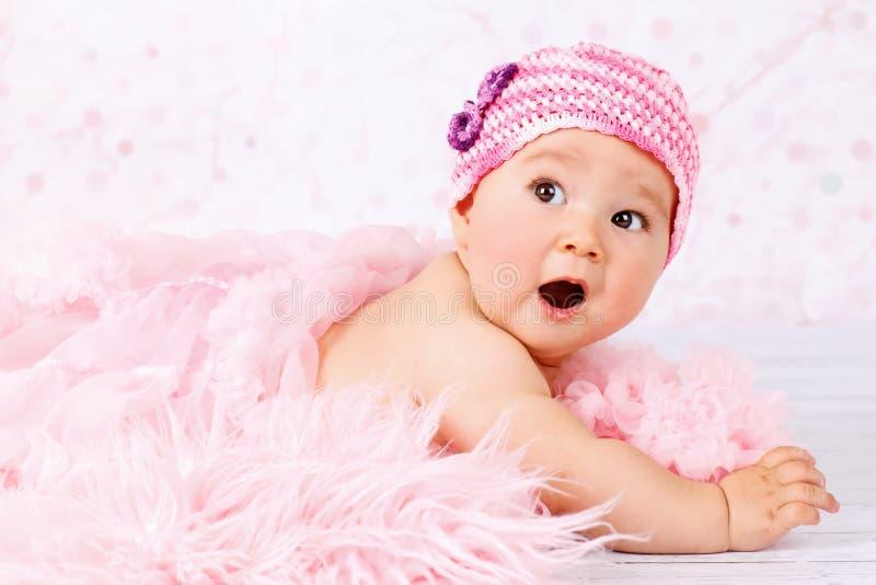 Weinig verraste baby royalty-vrije stock afbeelding