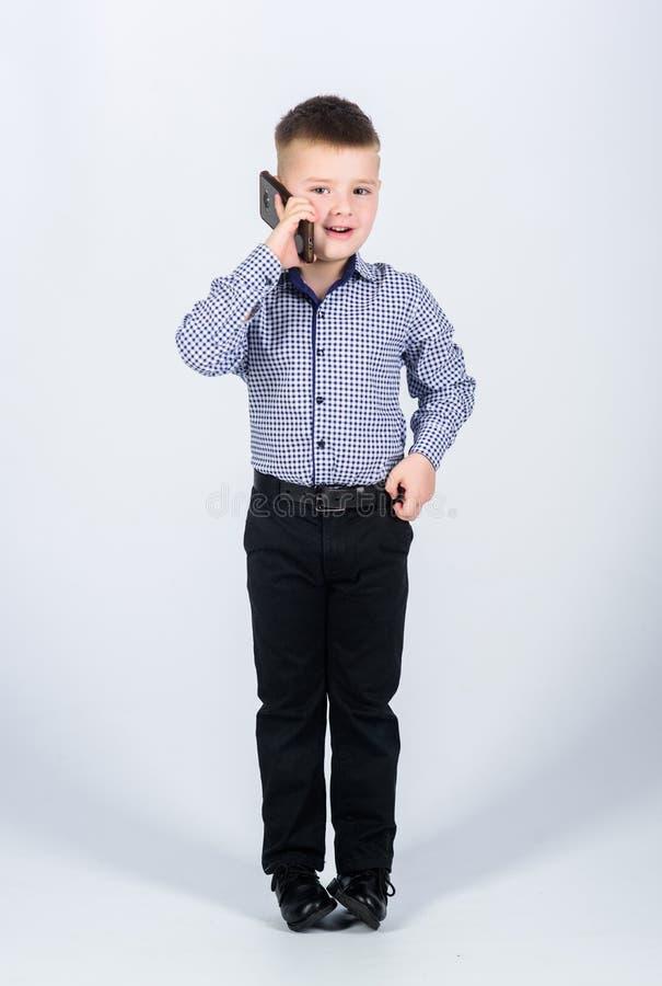 Weinig werkgever r r Het moderne leven Kinderjaren Bedrijfs mededeling klein royalty-vrije stock afbeeldingen