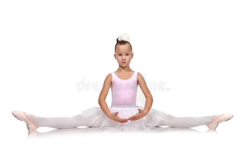 Weinig Zitting van de Ballerina op Vloer stock foto's