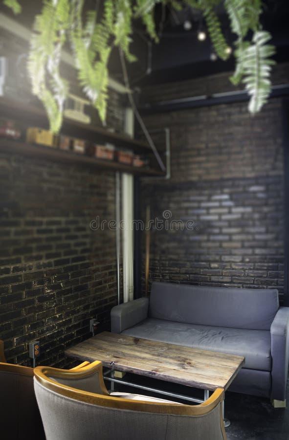 Weinlese angeredete Möbel eingestellt in das Wohnzimmer stockbild