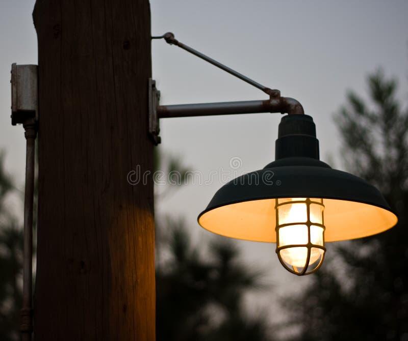 Weinlese-Art-Leuchte stockfoto