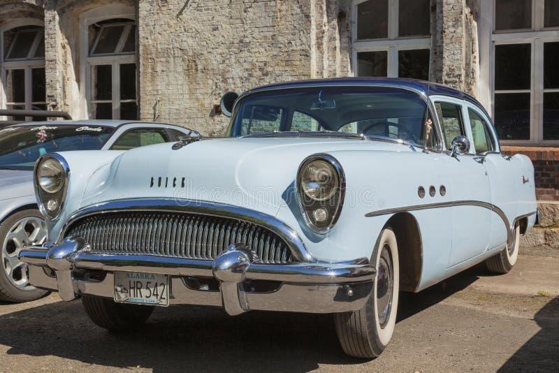 Weinlese-Buick-Jahrhundert ab 1954 stockbild