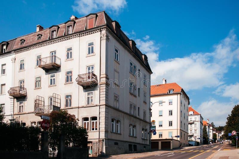 Weinlese Buildiing von La Chaux de Fonds, die Schweiz lizenzfreies stockfoto
