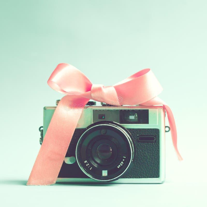 Weinlese-Film-Kamera lizenzfreie stockfotografie