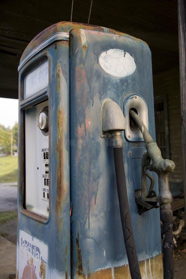 Weinlese-Gas-Pumpe lizenzfreies stockfoto