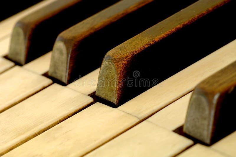 Weinlese-Klavier 1 stockfotos