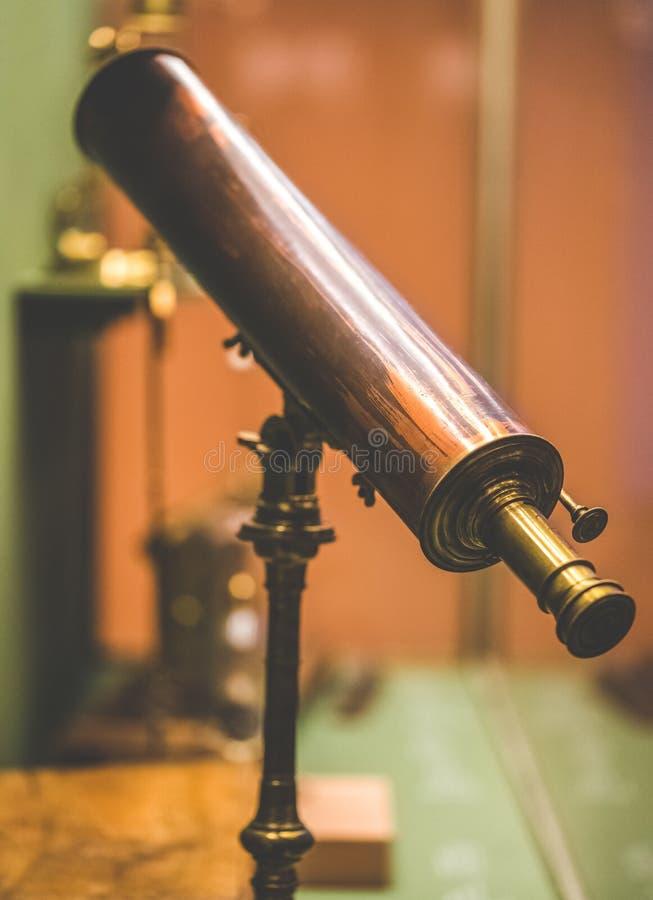 Weinlese-maritimes binokulares Seeteleskop lizenzfreies stockfoto
