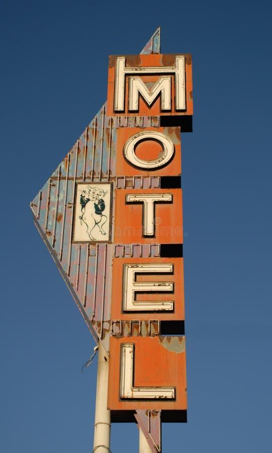 Weinlese-Motel-Zeichen stockfotos