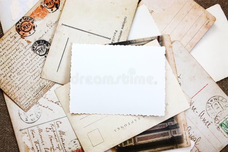 Weinlese-Postkarte-Collagen-Hintergrund stockbild