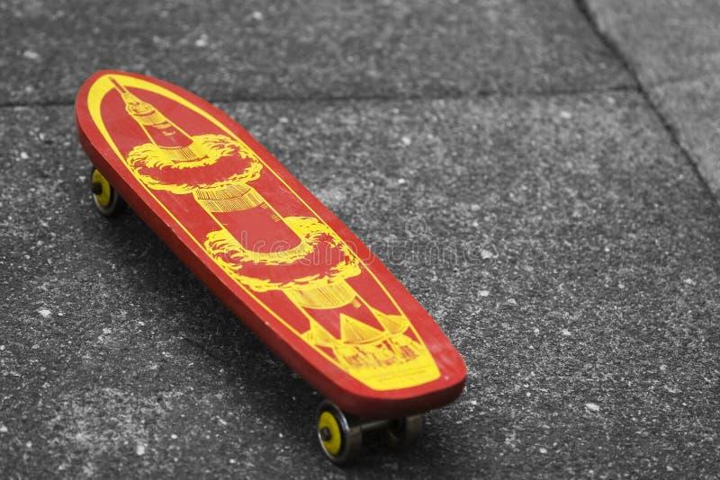 Weinlese-Skateboard lizenzfreie stockfotos