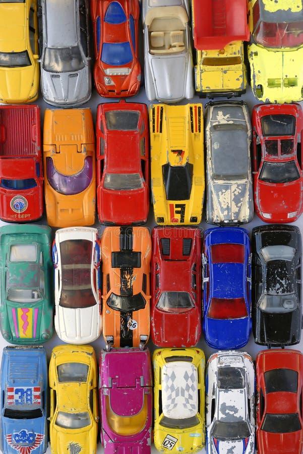 Weinlese-Spielzeug-Autos lizenzfreie stockfotos