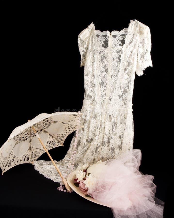 Weinlese-Spitze-Kleid stockbild