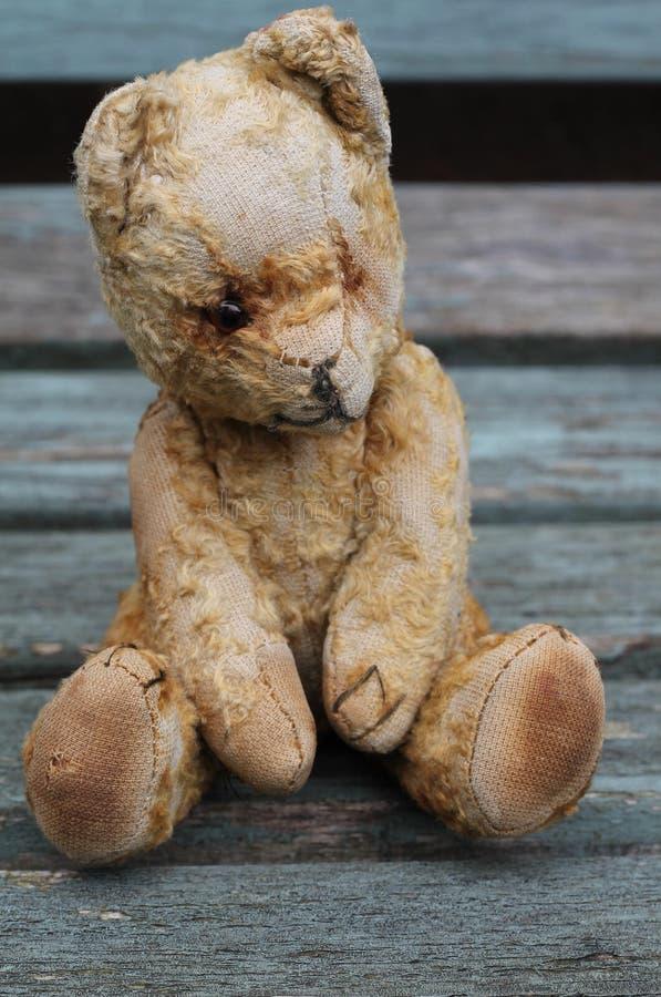 Weinlese Teddy Bear lizenzfreie stockfotos