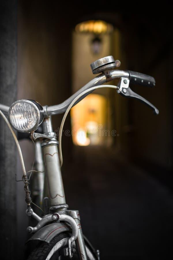 Weinlesefahrrad stockfotografie