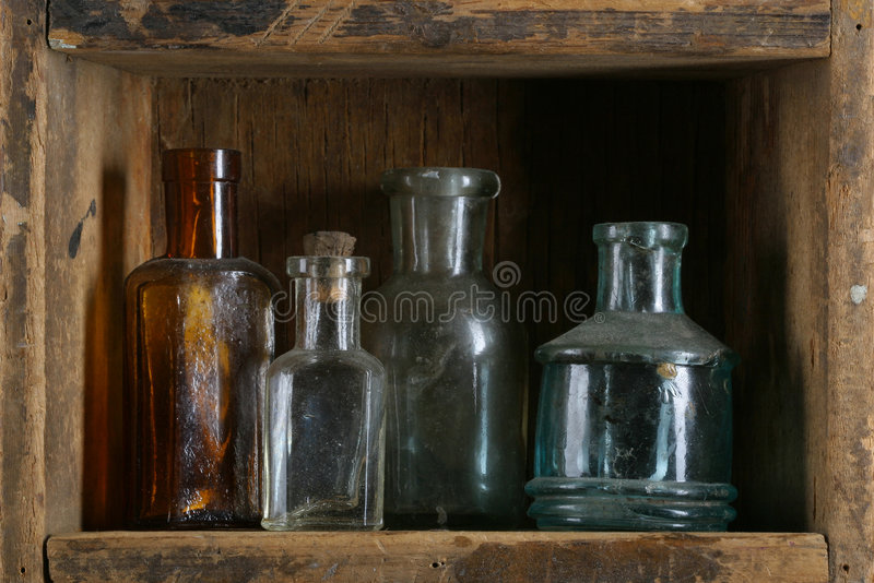 Weinleseflaschen lizenzfreies stockfoto