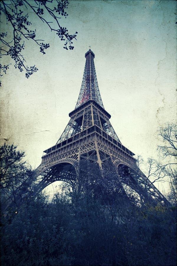 Weinlesefoto des Eiffelturms stockbilder