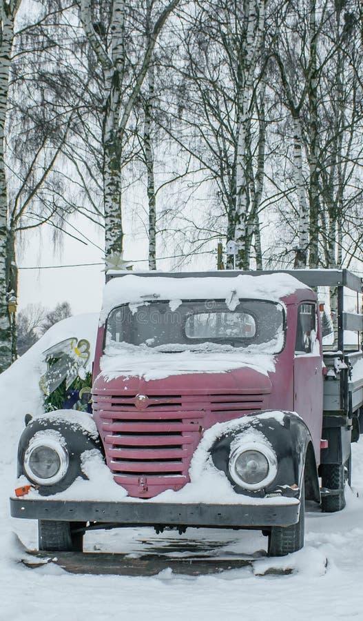 Weinlesefracht-LKW stockbild