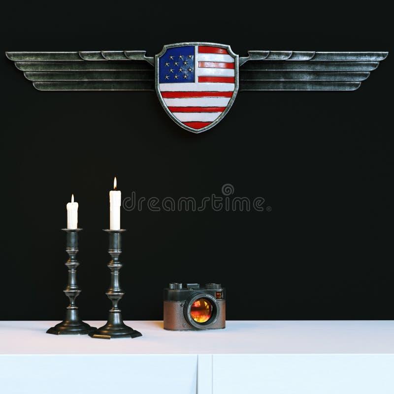 Weinlesegoldkerzenständer mit brennenden Kerzen und Retro- Kamera a lizenzfreie abbildung