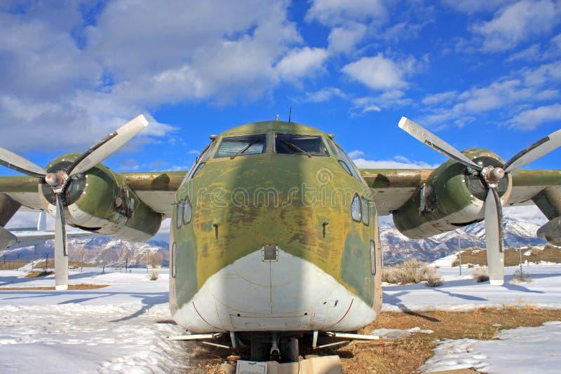 Weinlesemilitärflugzeug stockbild
