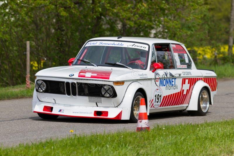Download Weinleserennen-Reisenauto BMW Tii 2002 Von 1972 Redaktionelles Bild - Bild von motorrad, autos: 26355115
