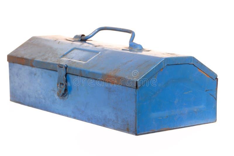 Weinleserostiger blauer Stahlwerkzeugkasten lokalisiert stockfotografie