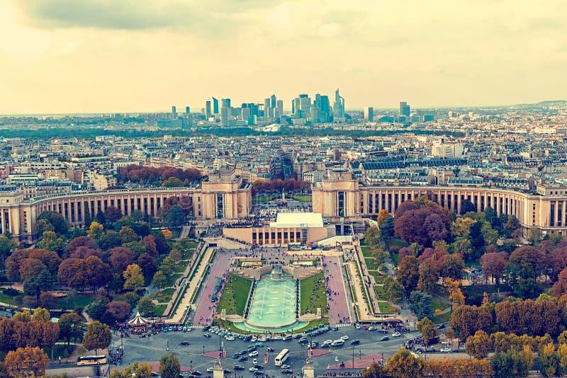 Weinlesevogelperspektive, vom Eiffelturm, mit Trocadero-Platz lizenzfreies stockfoto