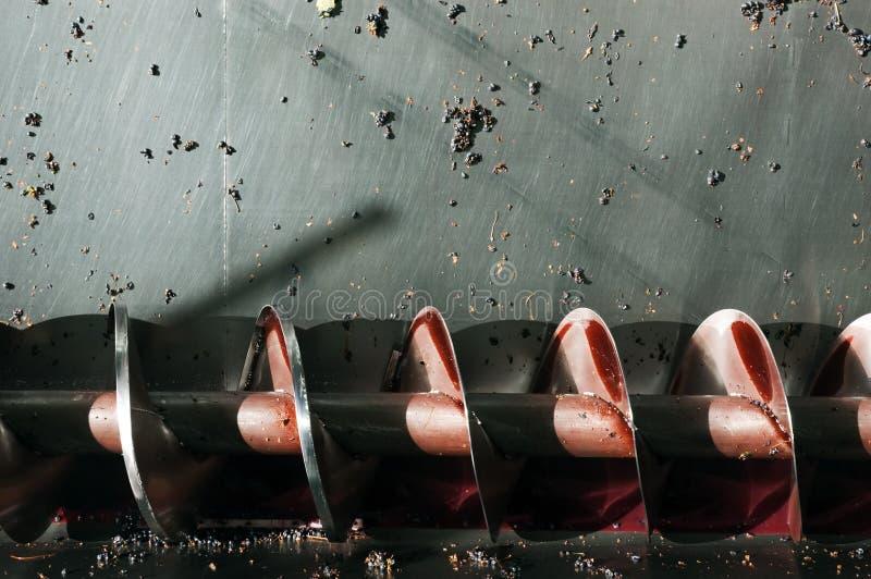 Weinproduktion-Schraubenschneckenwelle stockbild