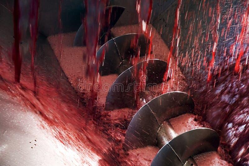 Weinproduktionmaschine lizenzfreie stockfotografie