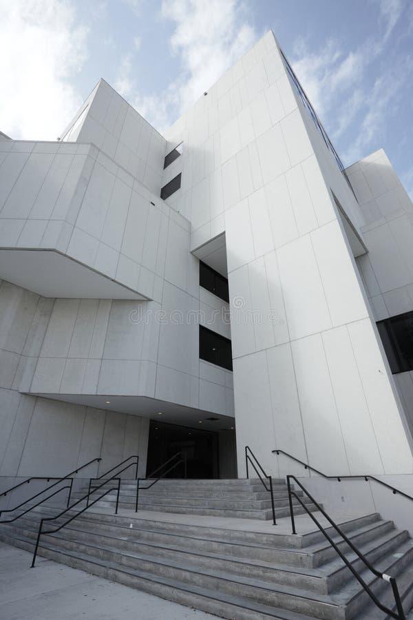 Weitwinkelbild eines Gebäudes stockfotografie