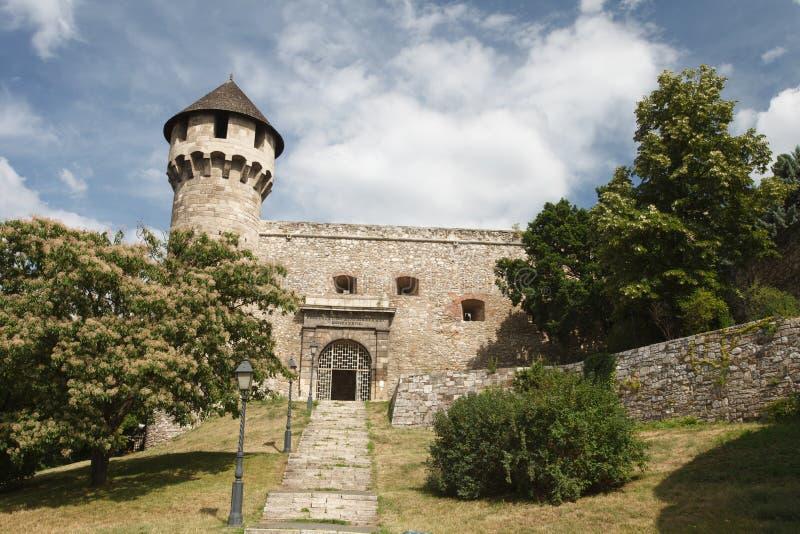 Wejście średniowieczny forteca w Buda kasztelu w Budapest zdjęcia stock