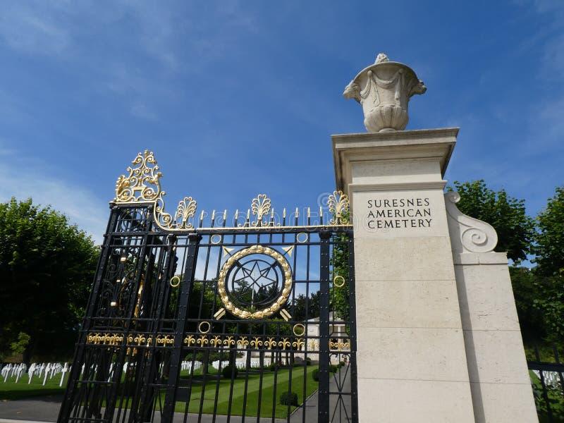 Wejście Amerykański cmentarz i pomnik Suresnes, Francja zdjęcie royalty free