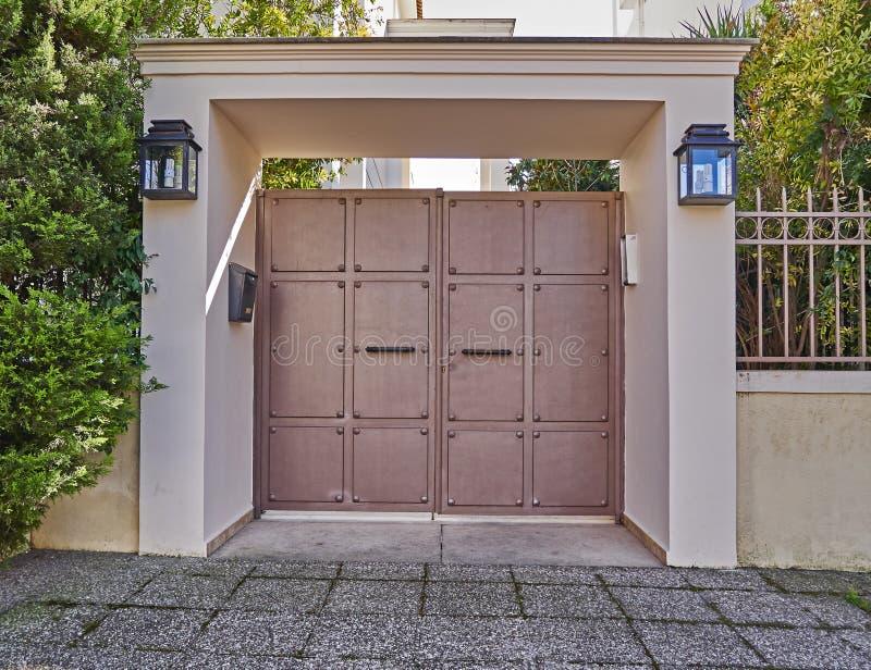 wejście do domu nowoczesnego zdjęcie stock
