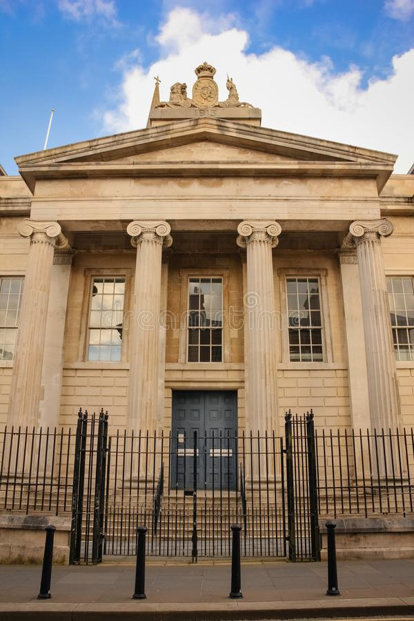 Wejście, gmach sądu Derry Londonderry Północny - Ireland zjednoczone królestwo obrazy royalty free