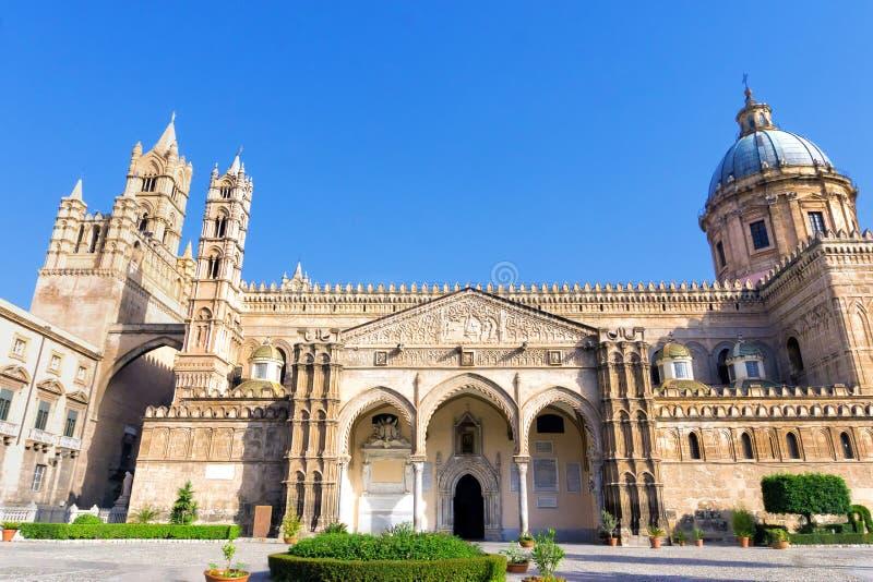 Wejście Palermo katedra w Palermo, Włochy fotografia stock