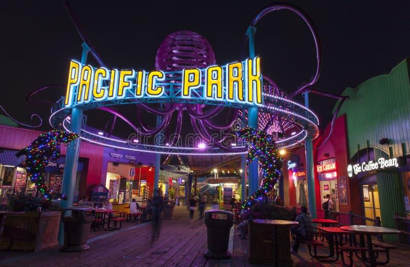 Wejście Snata Monica mola park rozrywki. zdjęcia stock