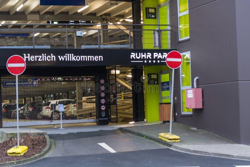 Wejściowy centrum handlowego Ruhr park w Bochum zdjęcia stock
